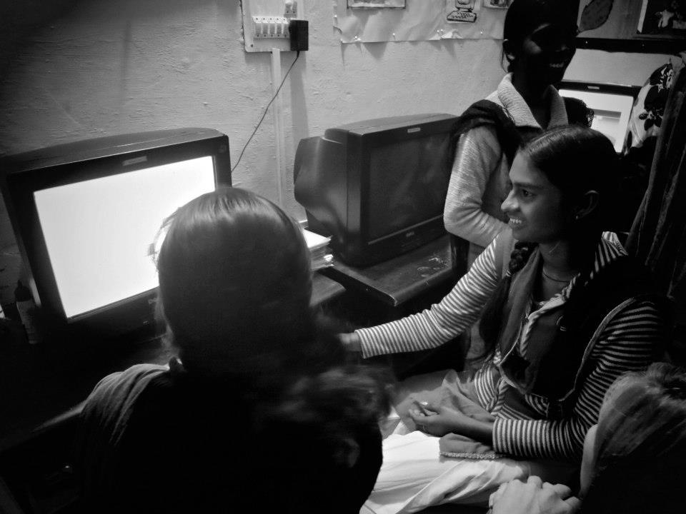 Prostitutes Dhampur